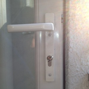 PVC Door Handle Fitted - Wimbledon Chase London