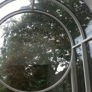Circular Glass Fitted