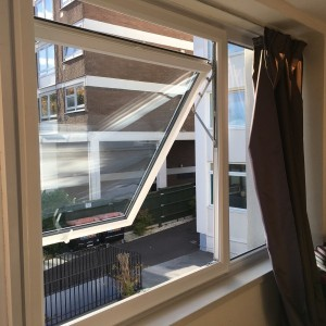 Hinge Stays - Raynes Park SW20
