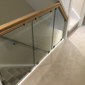 Shaped Glass Used In Balustrade