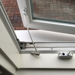 Window Restrictor with Key SW20